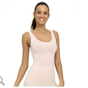 NWOT Spanx Trust Your Thinstincts Tank in Rose S